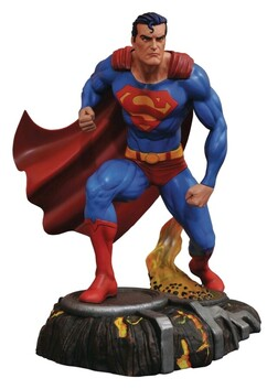 Superman - Comic Gallery PVC Statue